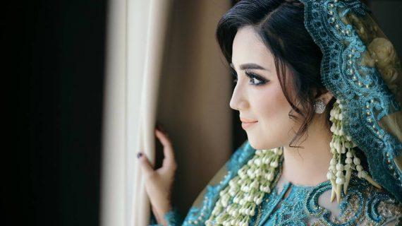 Tips Mencari Make Up Artis Lokal yang Mumpuni untuk Foto Prewedding